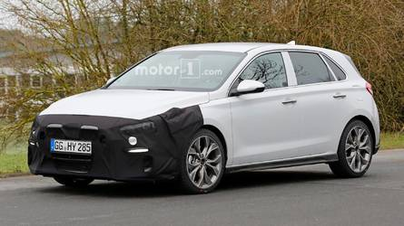 Photos espion - La Hyundai i30 N-Line surprise en cours d'essais