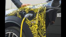 Nuova MINI Countryman plug-in hybrid, i teaser 003