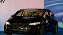 Honda FCX Clarity Production Line Off ceremony