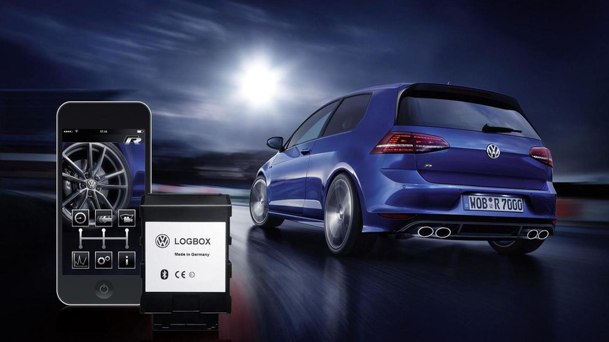 Volkswagen showcases their Race App [video]