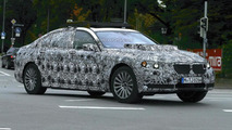2017 / 2018 BMW X7 mule spy photo