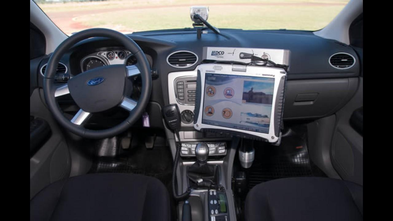 Interseg: Ford e Rontan mostram o Focus Sedan preparado para a Polícia
