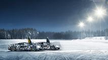 McLaren 570S buzda sürüş etkinliği