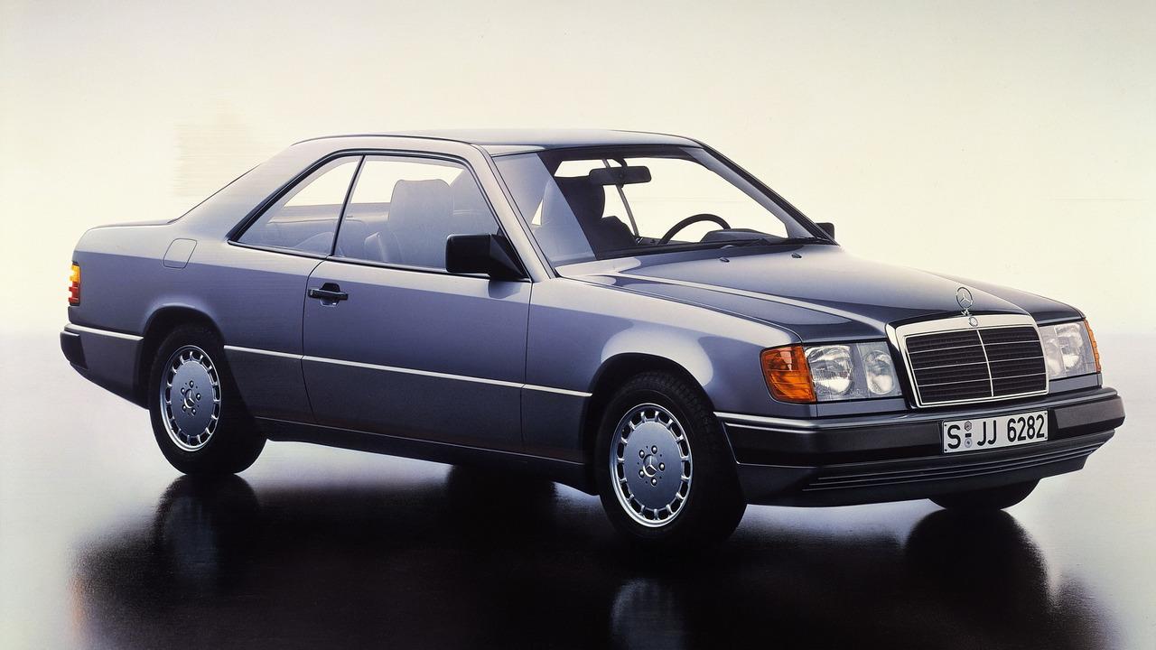 Mercedes c 124 series celebrates 30th anniversary for Mercedes benz 3 series