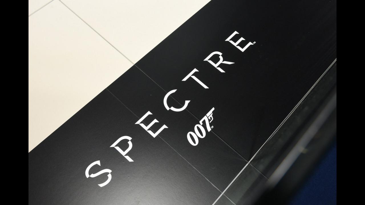 Salone di Francoforte, Jaguar e Land Rover per 007