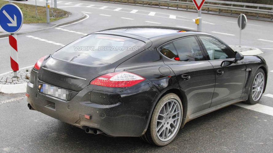 2013 Porsche Panamera Facelift Spied, new rear end in the works