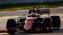 Fernando Alonso, Stoffel Vandoorne and the McLaren MCL32