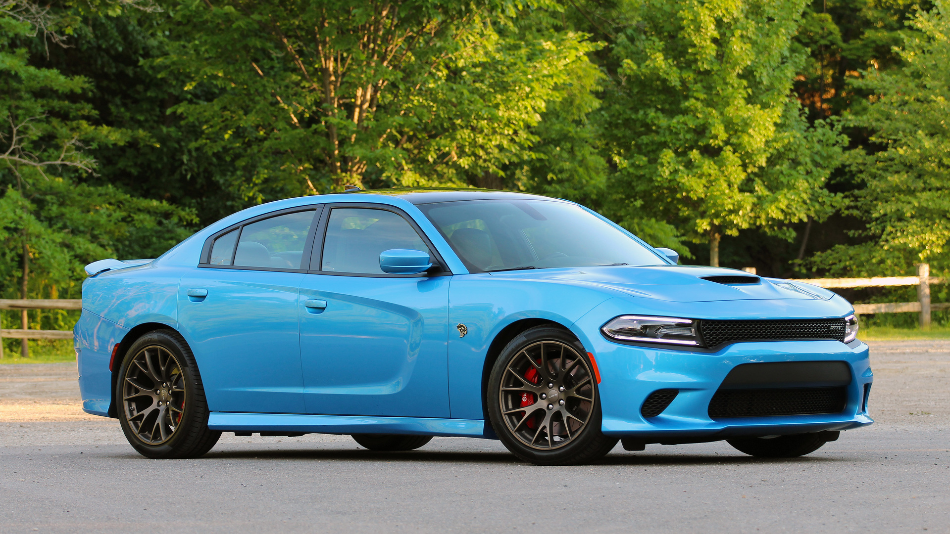 review 2016 dodge charger srt hellcat. Black Bedroom Furniture Sets. Home Design Ideas