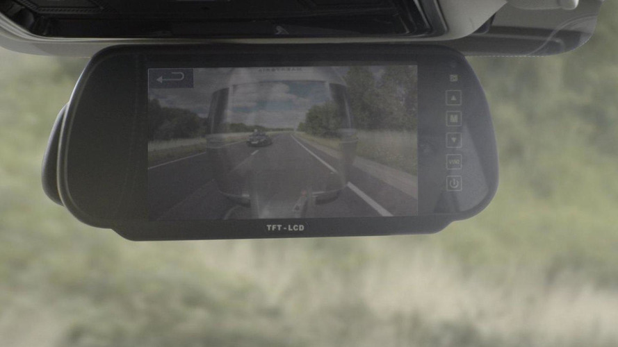 Land Rover introduces their see-through Transparent Trailer system