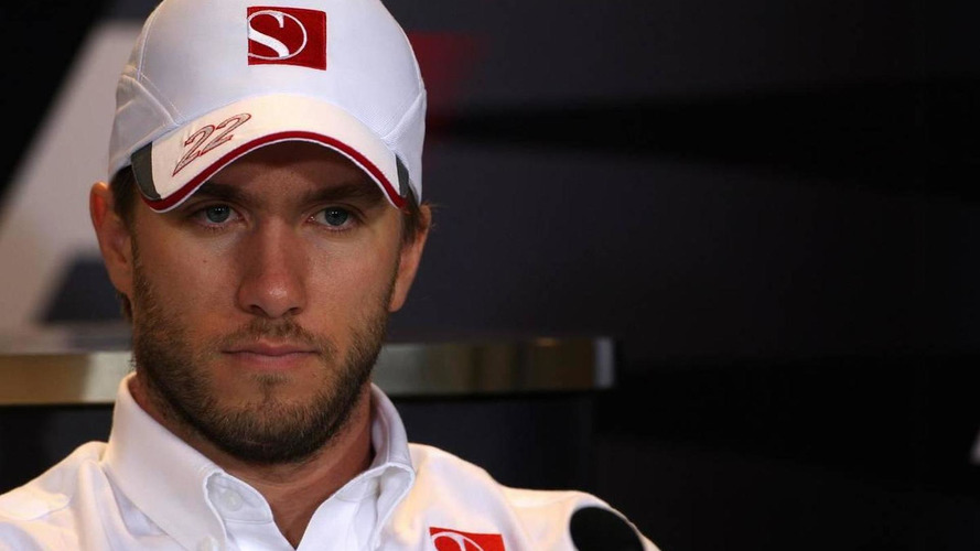 Heidfeld eyes 2011 openings at Renault, Force India
