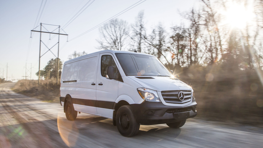 Mercedes Sprinter WORKER heading to Chicago (89 photos)