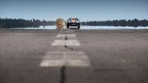 Jaguar F-TYPE R Coupe Bloodhound SSC parachute test