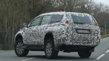 2016 Mitsubishi Pajero Sport spy photo
