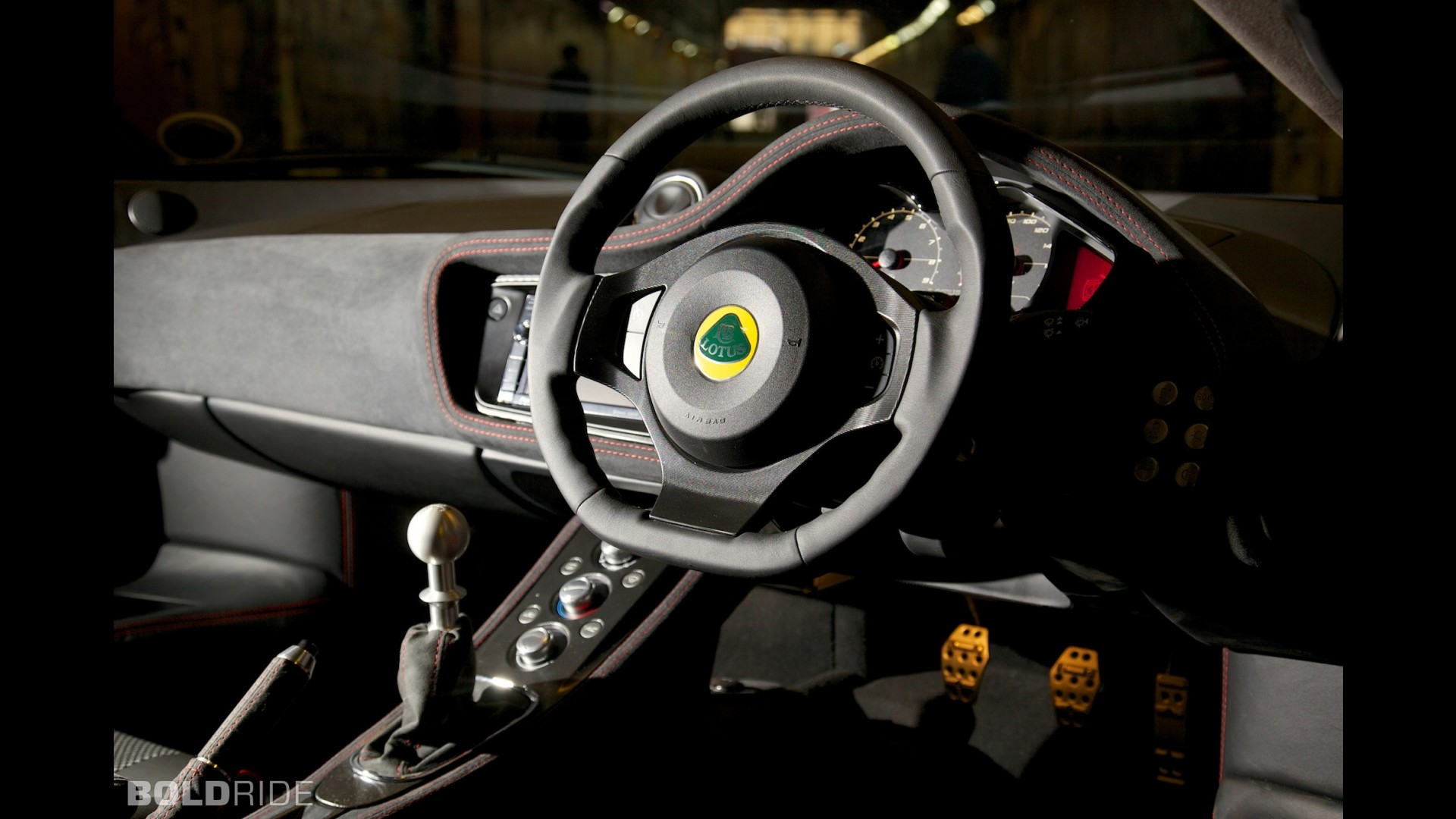 https://icdn-8.motor1.com/images/mgl/NVwPG/s1/lotus-evora-sports-racer.jpg