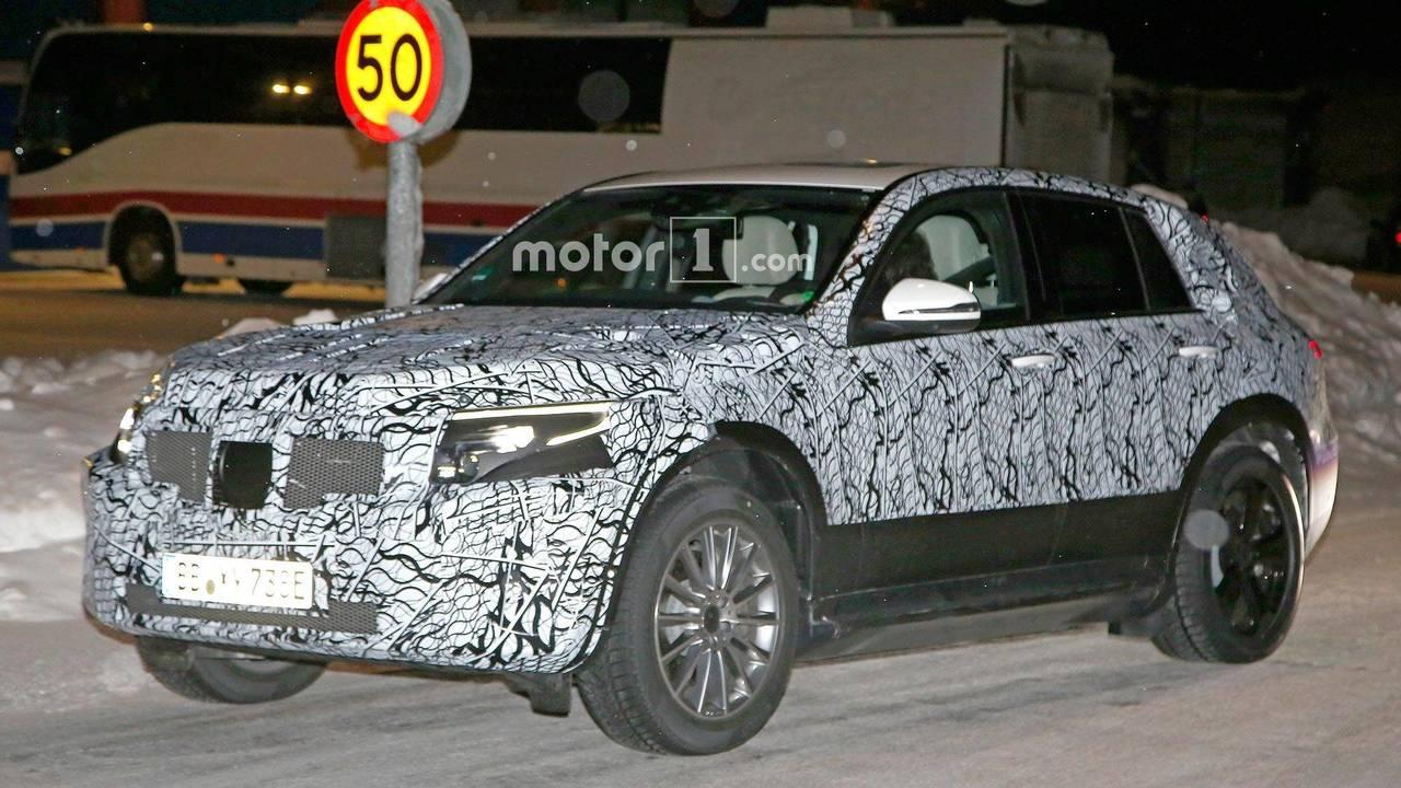 Mercedes-Benz EQ C Spy Shots