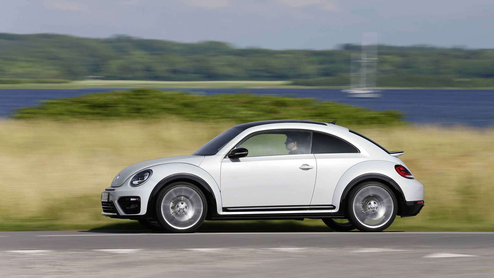 volkswagen beetle news and reviews uk. Black Bedroom Furniture Sets. Home Design Ideas