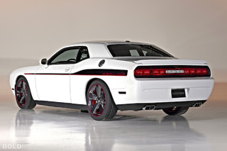 2014 Dodge Challenger Redline Review: With Age Doesn't Always Come Wisdom