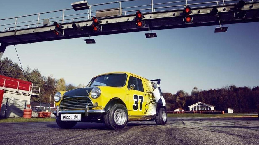 Classic Mini tuned for pizza delivery