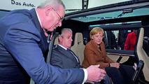 Volkswagen Milan Taxi Concept, Prof. Dr. Martin Winterkorn, Angela Merkel, Hanover Trade Show, 19.04.2010