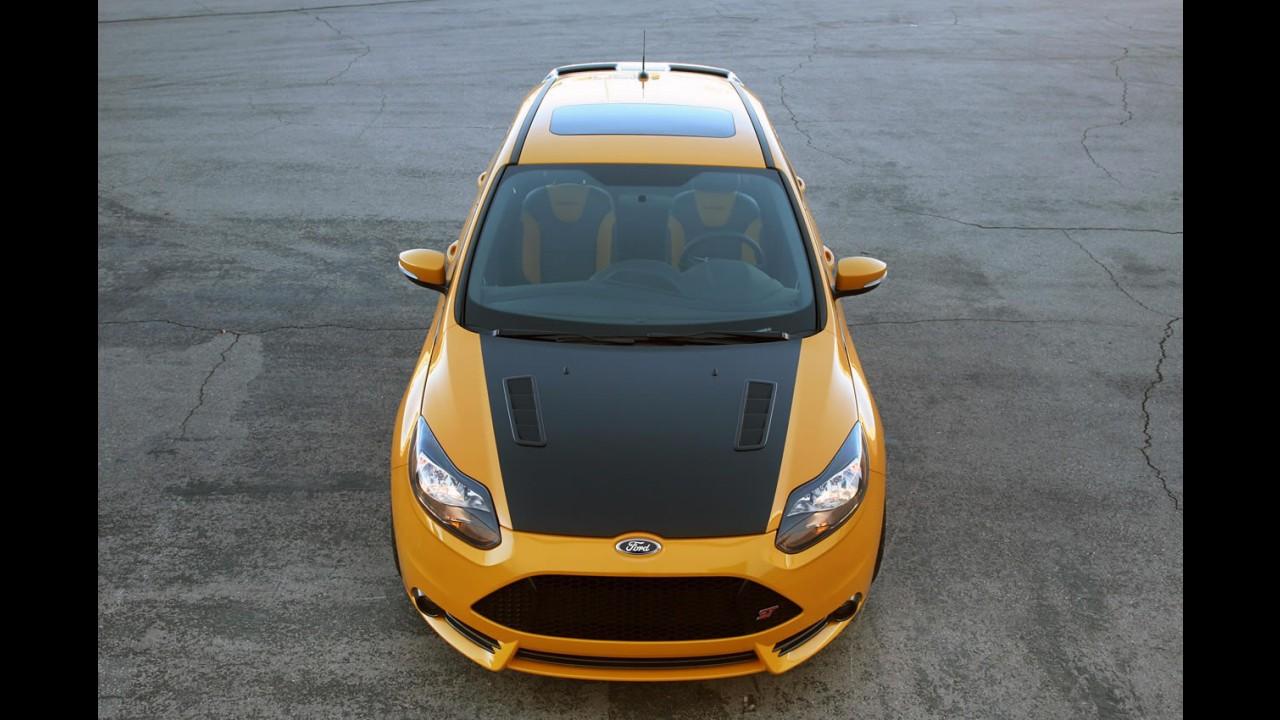 Agressivo: Shelby mostra Focus ST preparado em Detroit