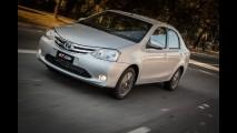 Toyota lança Etios 2015 com novidades de acabamento e equipamentos - veja preços