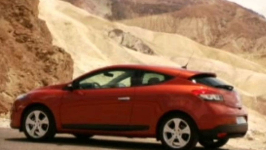 Production Renault Megane Coupe Breaks Cover