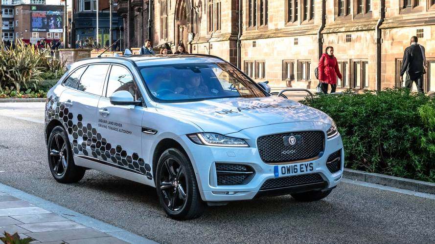 Jaguar Land Rover Begins Testing Autonomous Vehicles in UK