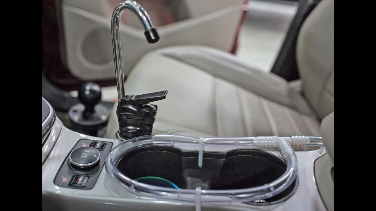 Ford cria sistema que transforma a condensação do A/C em água potável