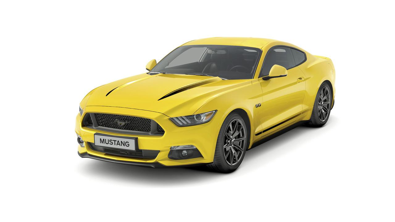 Ford Mustang Black Shadow ve Blue özel versiyonları