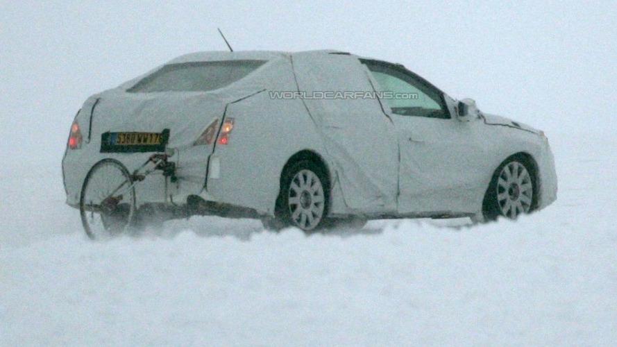 Renault Laguna Sedan Spied