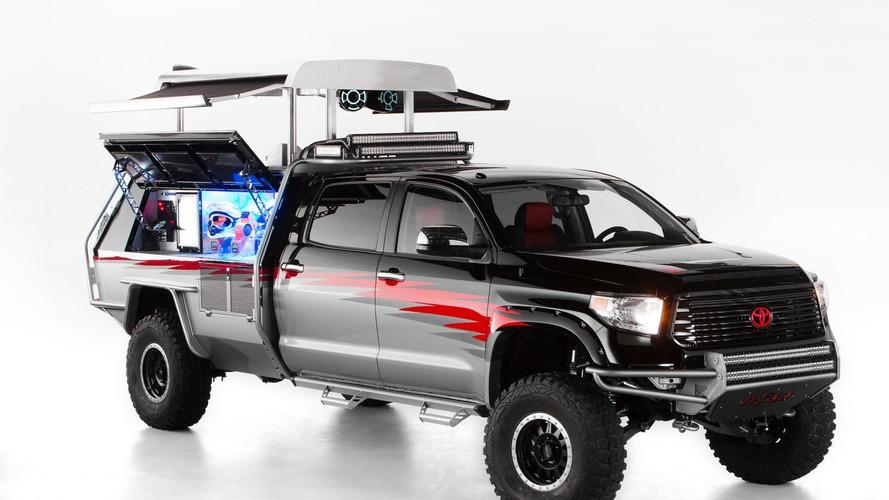 Toyota Crusher Corolla,  CamRally & Let's Go Moto Tundra revealed for SEMA