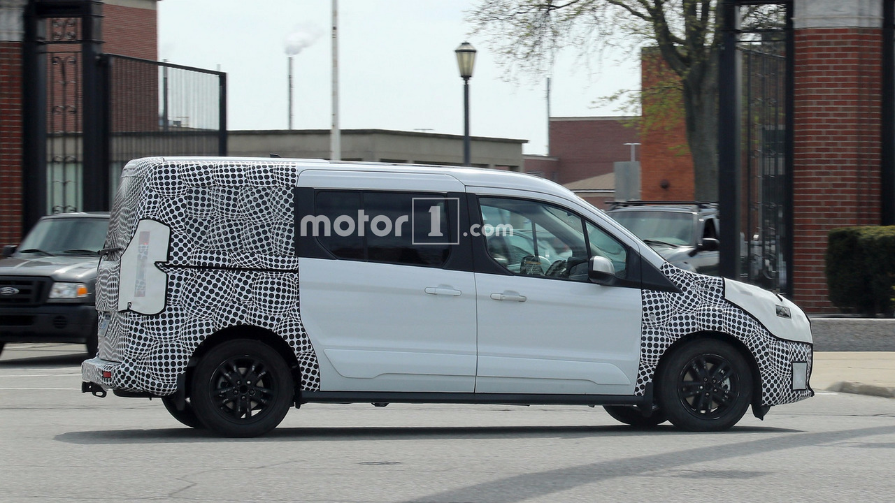 2017 - [Ford] Tourneo/Transit restylé - Page 2 Ford-transit-connect-facelift-spy-photos