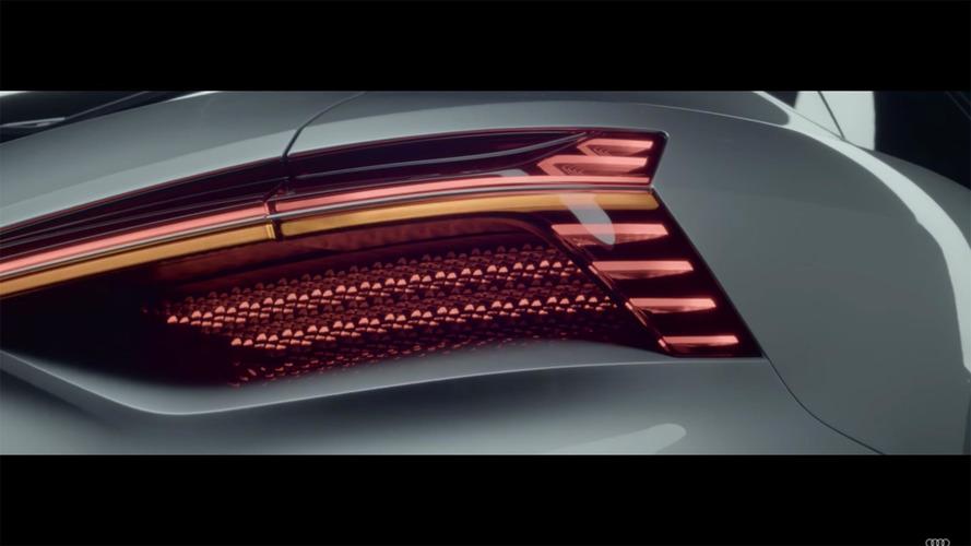 Audi, yeni konseptinin cömert LED arka farlarını sergiledi