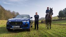Maserati Levante versus caballo de carreras