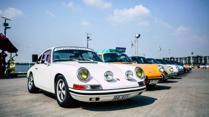 VIDÉO - Le plus grand rassemblement de Porsche en Thaïlande