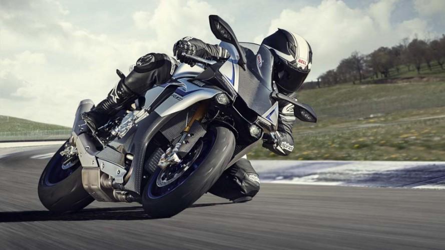 Paschoalin vai correr no TT Isle of Man 2015 com Yamaha R1M de 200 cv
