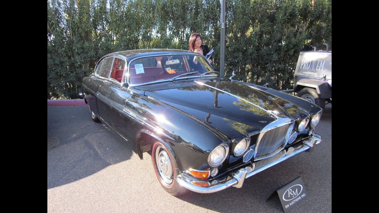 Jaguar Mark X Sedan