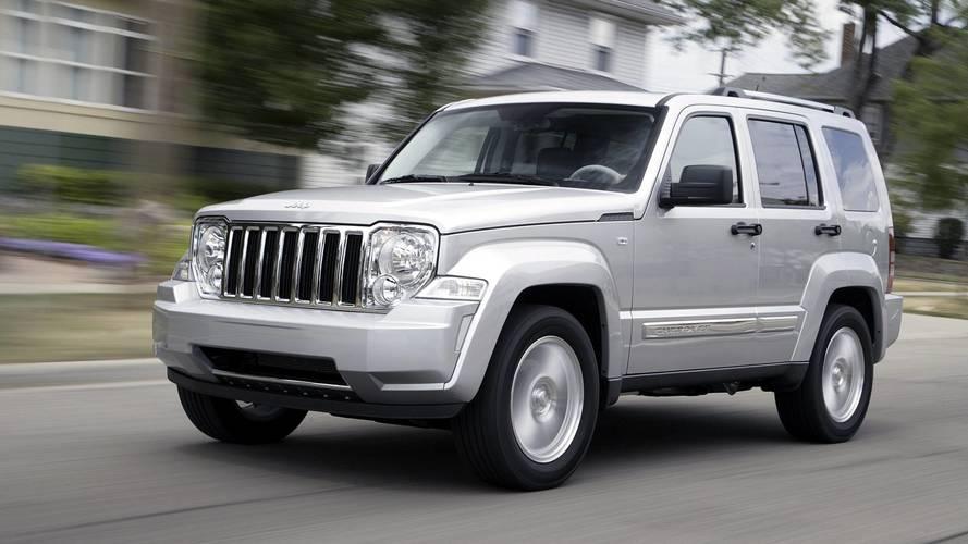 Jeep começa a reparar 2.329 unidades do Cherokee envolvidas em recall