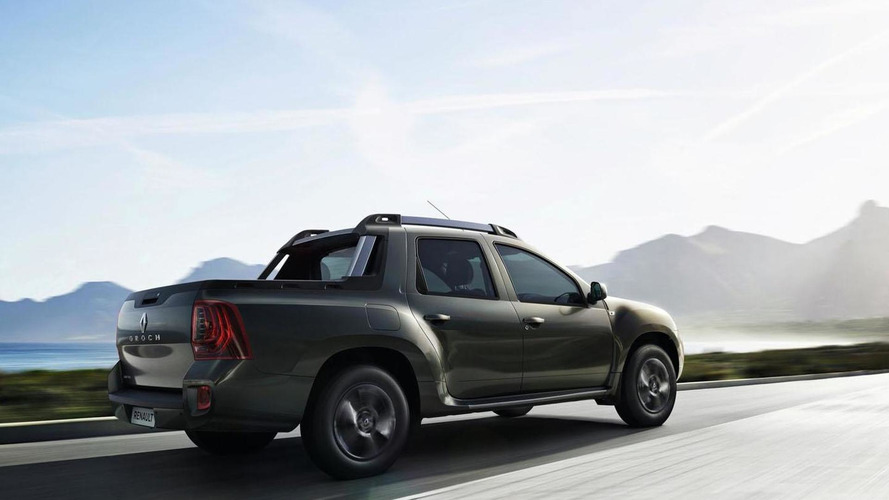 renault duster oroch production version stars in first promo clip photos. Black Bedroom Furniture Sets. Home Design Ideas