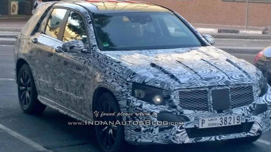 Next generation Mercedes-Benz GLK spied in Dubai