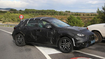 2016 Infiniti QX30 spy photo