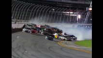 Nascar, l'incredibile incidente di Daytona