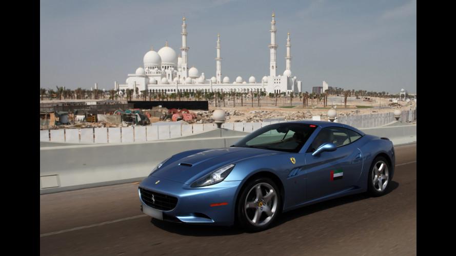 100 Ferrari per una sfilata