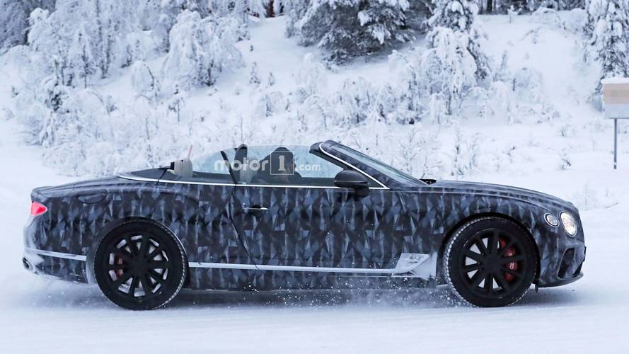 Bentley Continental GTC 2018 fotos espía