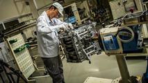 Nissan GT-R engine build process 01.8.2013