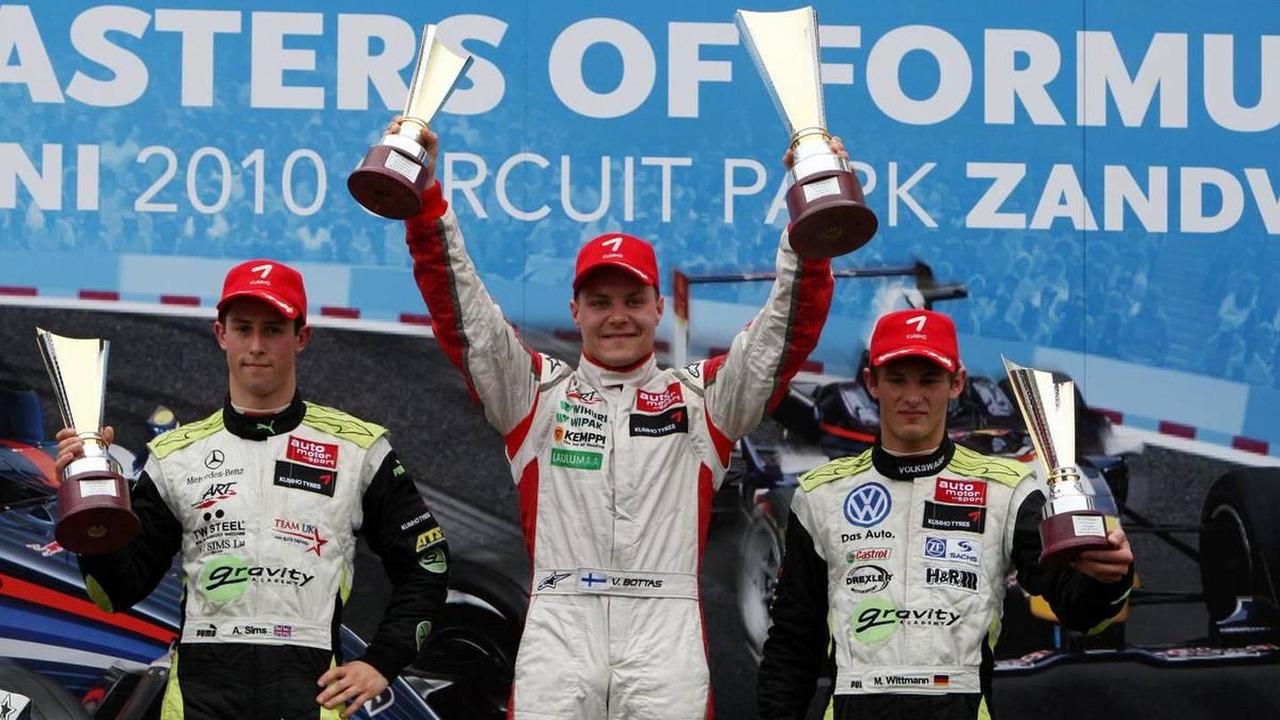 1st: Valtteri Bottas (FIN), (left) 2nd : Alexander Sims (GBR), (right) 3rd Marco Wittman (GER), Masters of Formula 3 at Circuit Park Zandvoort, 06.06.2010 Zandvoort, The Netherlands