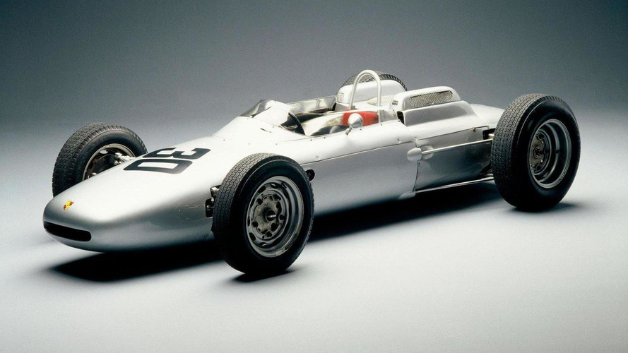 Rumours grow as Porsche signs F1 people