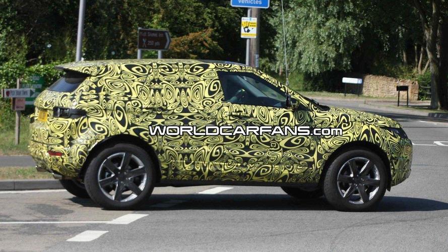 Range Rover LRX live reveal tomorrow  - latest photos of 5-door spied
