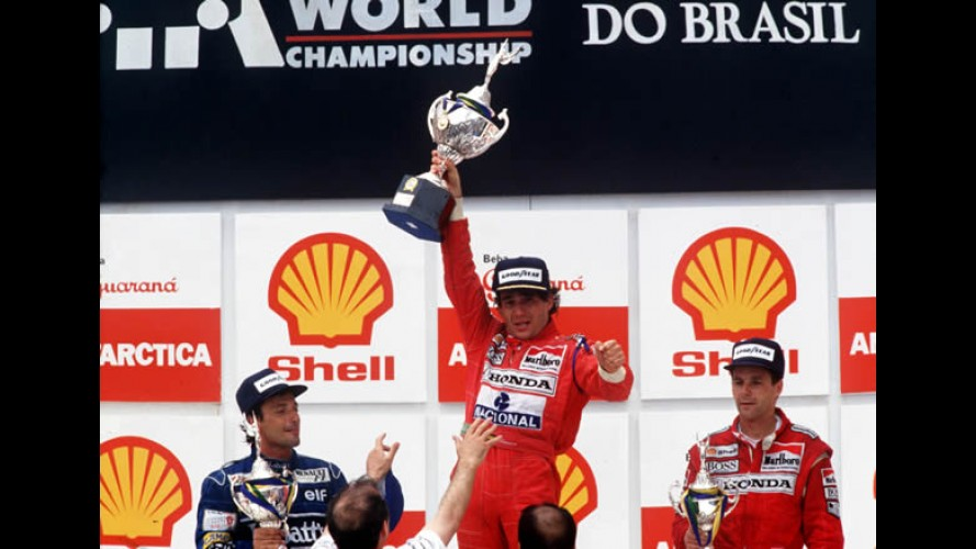 Senna 50 anos: CARPLACE é embaixador do maior cartão de aniversário do mundo