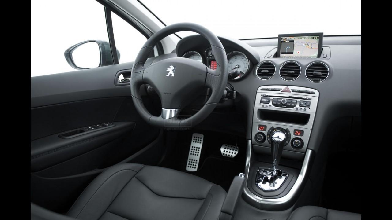 Peugeot 308 Feline THP (Turbo) chega ao Brasil - Preço será revelado no Salão do Automóvel